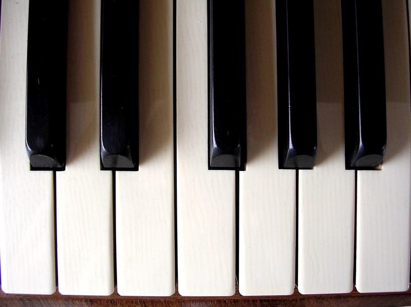 piano efecto mozart
